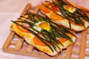 Šparoge-na-lisnatom-tijestu-s-rajčicom-8