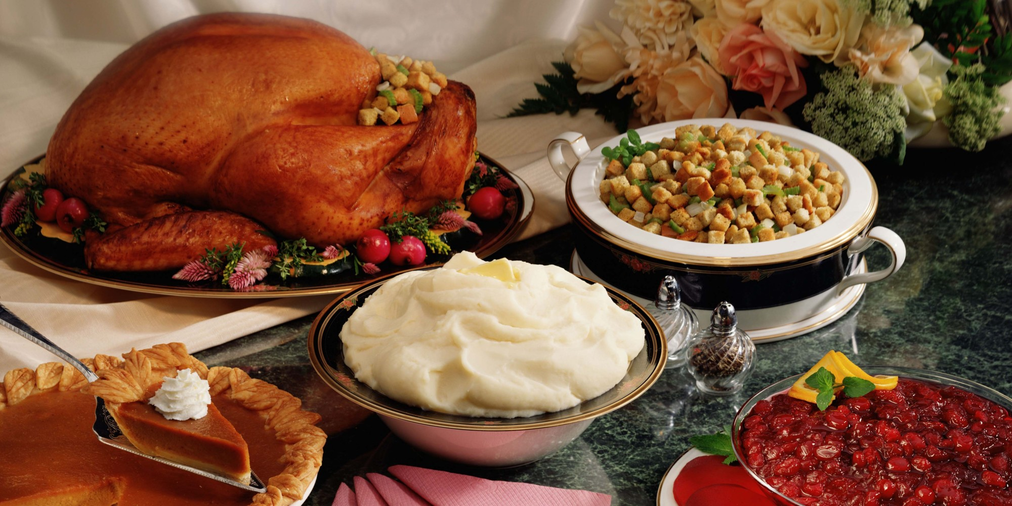 o-CHRISTMAS-PARTY-FOOD-facebook