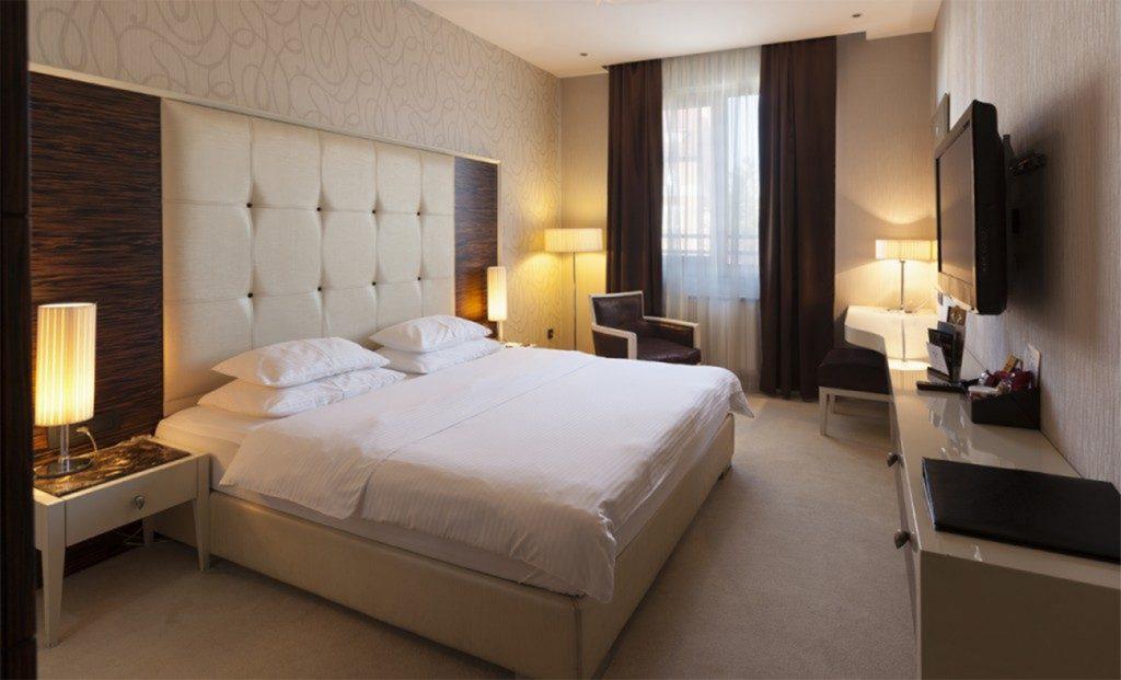 hotel_crystal_beograd_1-1024x621