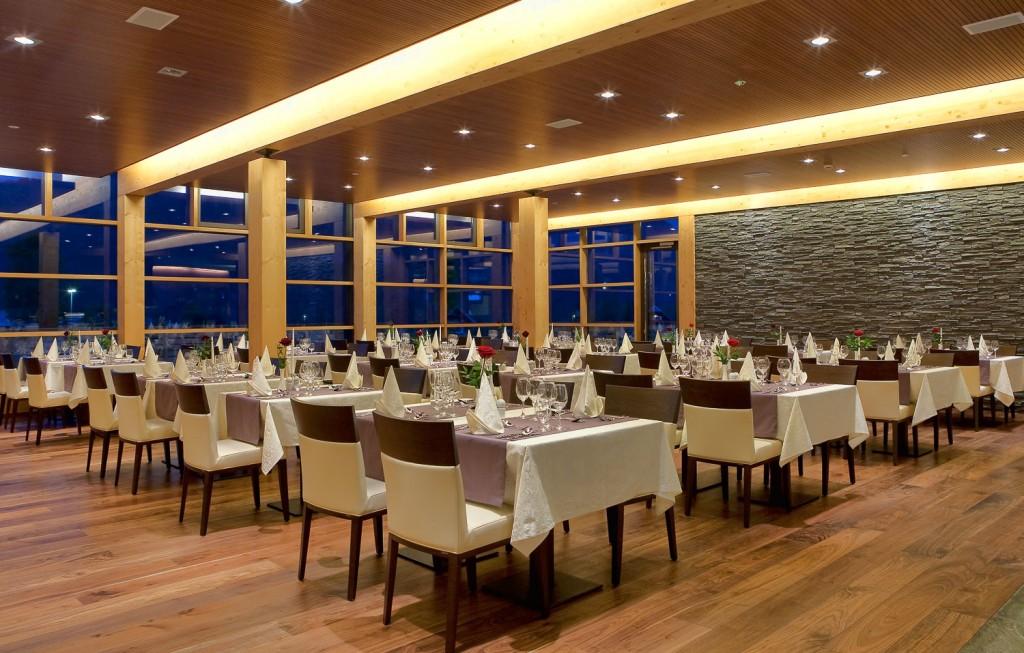Bohinj-ECO-Hotel-Restaurant-1-1024x653